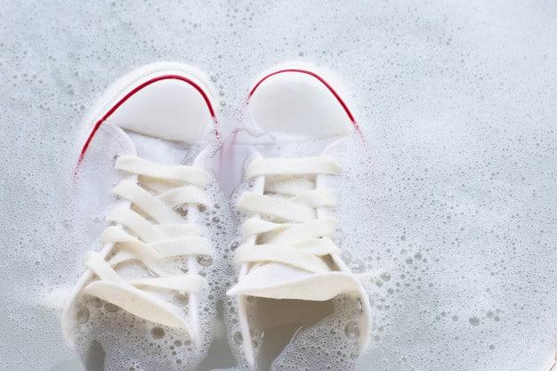 靴 匂い 洗い方